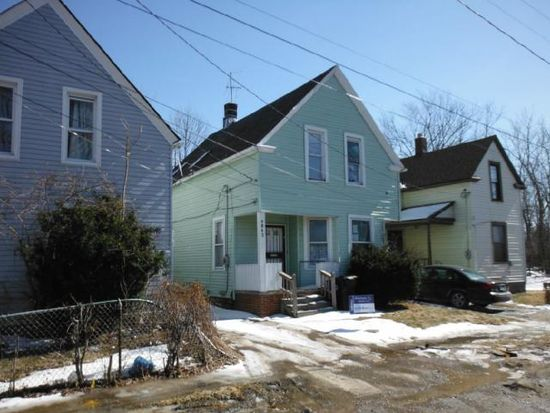 4063 E 103rd St, Cleveland, OH 44105