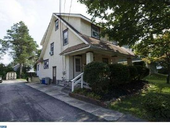 211 Strathmore Rd, Havertown, PA 19083