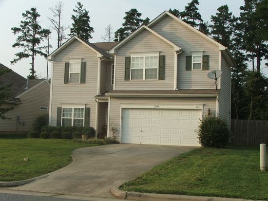 2109 Clear Brook Dr, Kannapolis, NC 28083