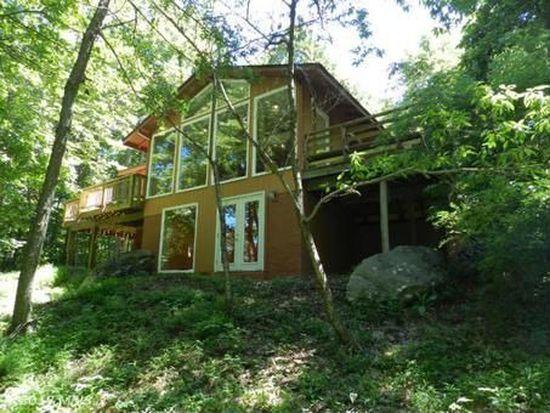 146 Trillium Trail Rd, Linden, VA 22642