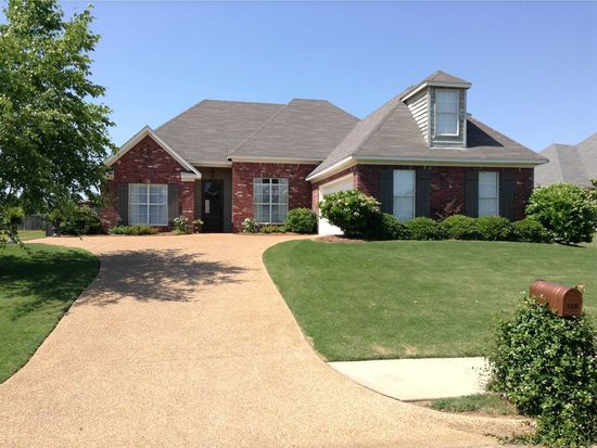 108 Parkfield Dr, Madison, MS 39110