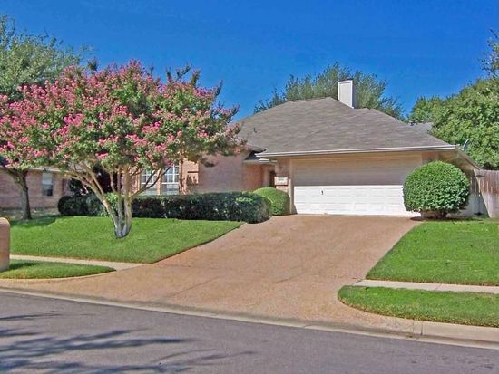 6016 Castle Creek Rd, Arlington, TX 76017