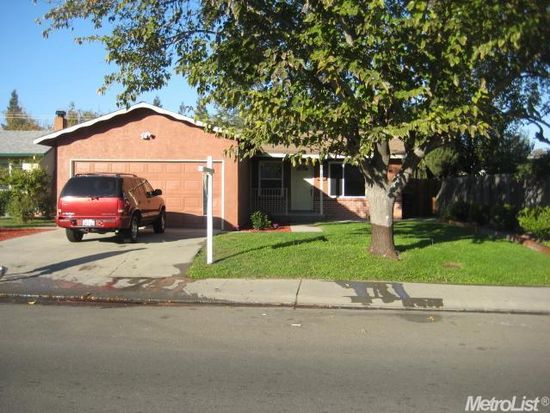 2817 Buthmann Ave, Tracy, CA 95376