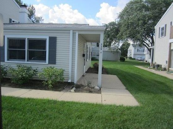 329 Joan Ct UNIT A, Bartlett, IL 60103