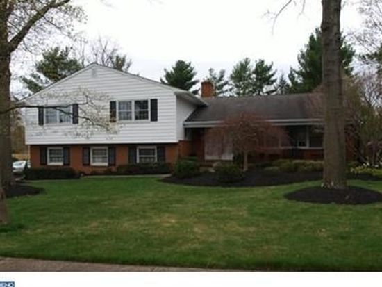 885 Sensor Dr, Yardley, PA 19067