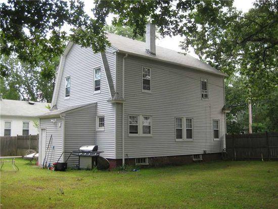 202 Canfield Ave, Warwick, RI 02889