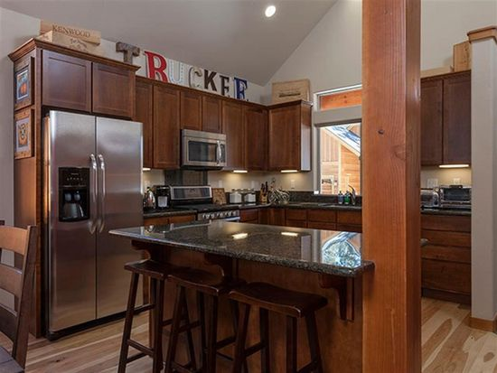 10364 Winter Creek Loop, Truckee, CA 96161