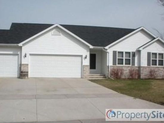 313 Louise Dr, Wrightstown, WI 54180