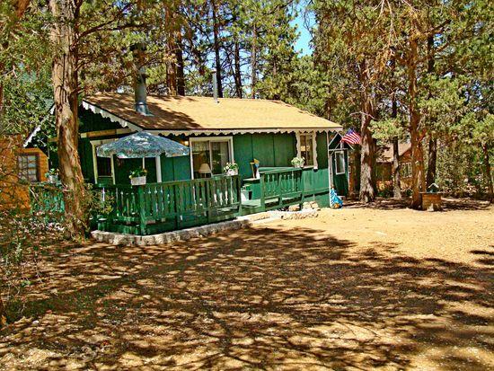 375 Spruce Ln, Sugarloaf, CA 92386