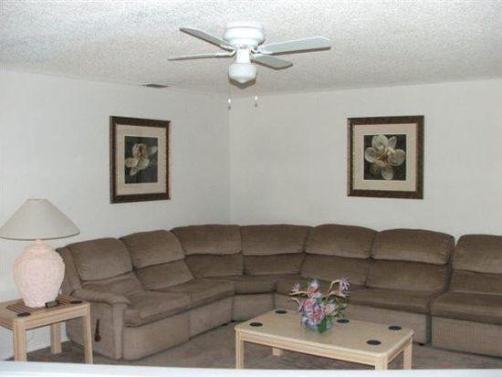 625 Lake Davenport Blvd, Davenport, FL 33897