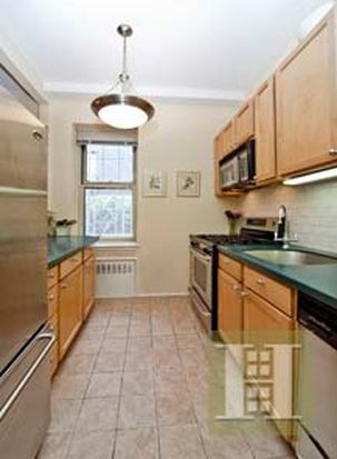 15 E 10th St APT 1F, New York, NY 10003