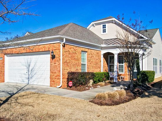 100 Brookesby Ct, Cary, NC 27519