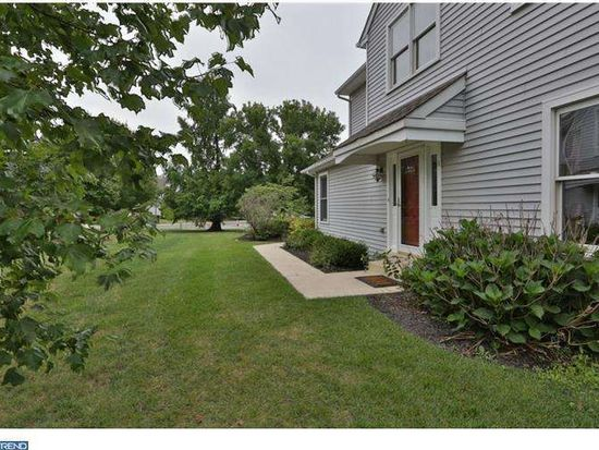 100 Filly Dr, North Wales, PA 19454