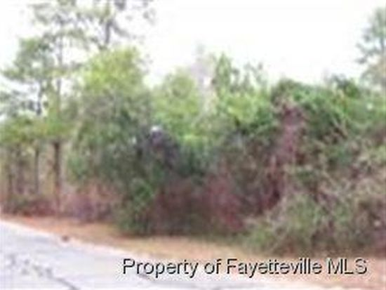 1914 North St, Fayetteville, NC 28301