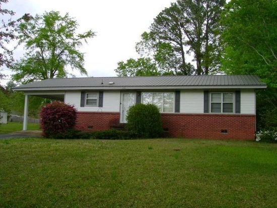 146 Young Ave, Calhoun City, MS 38916