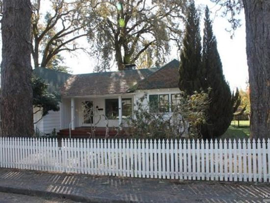 53 W Oak St, Willits, CA 95490