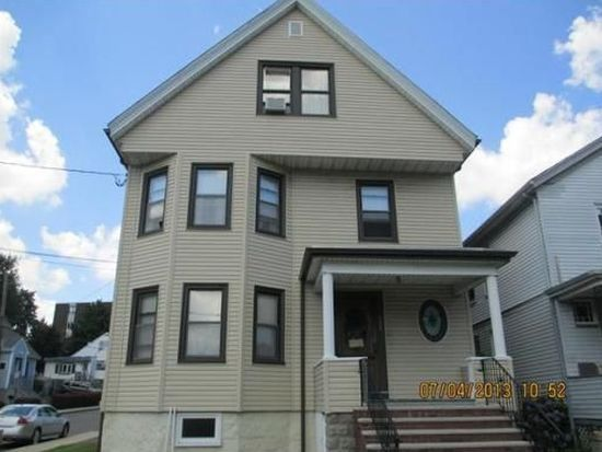 122 Garfield Ave, Chelsea, MA 02150
