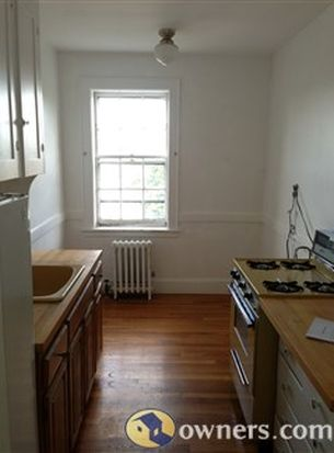 285 Harvard St APT 406, Cambridge, MA 02139