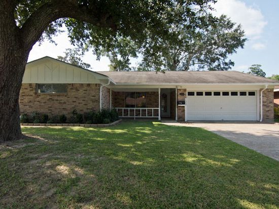 1309 South Ave, Port Neches, TX 77651