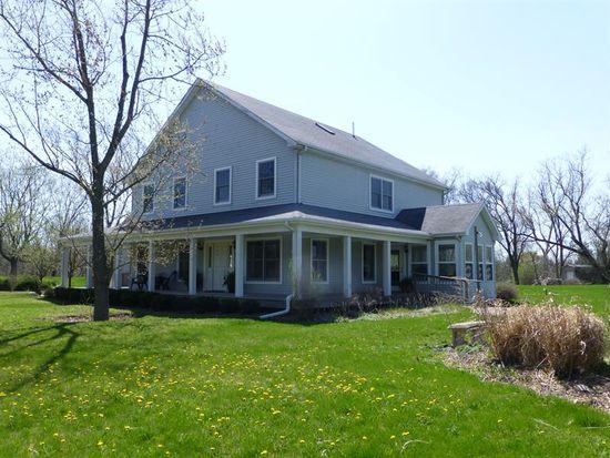 69 Otis Rd, Barrington, IL 60010