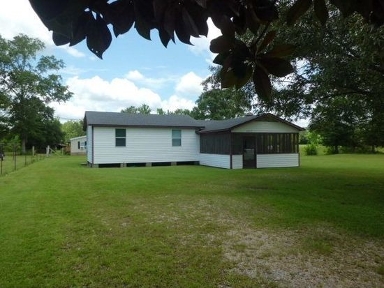 10017 Harvey Rd, Picayune, MS 39466