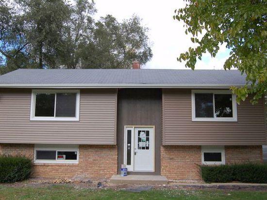 2614 Myang Ave, Mchenry, IL 60050