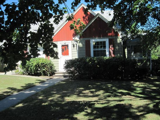 28 Bellevue Ave, North Providence, RI 02911