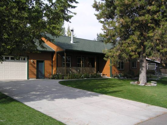212 Lake Hills Ct, Bigfork, MT 59911