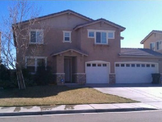 11879 Forest Park Ln, Victorville, CA 92392