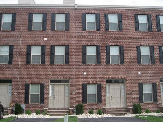 2720 Tilton St, Philadelphia, PA 19134