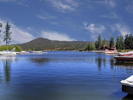 39902 Lakeview Dr, Big Bear Lake, CA 92315