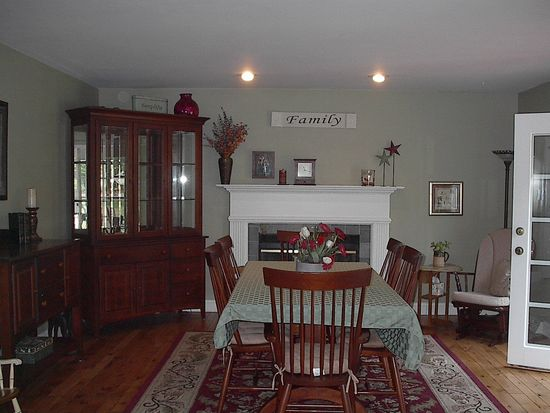 15 Staffords Xing, Slingerlands, NY 12159