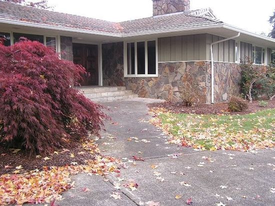 770 N Greenview Way, Canby, OR 97013