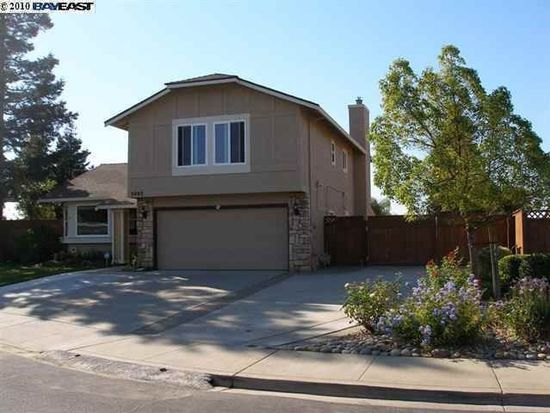 5993 Cypress Point Dr, Livermore, CA 94551
