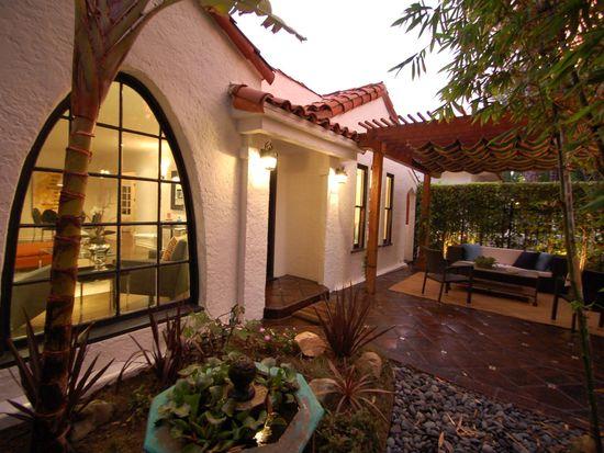 8972 Lloyd Pl, West Hollywood, CA 90069