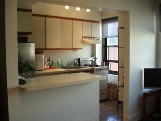 300 W 23rd St APT 7B, New York, NY 10011