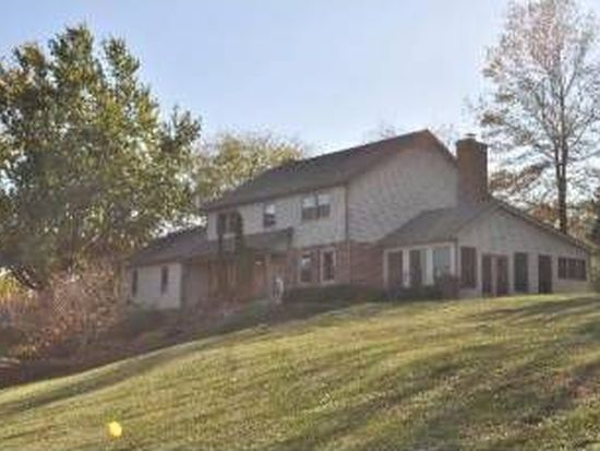 3803 Great Hill Rd, Crystal Lake, IL 60012