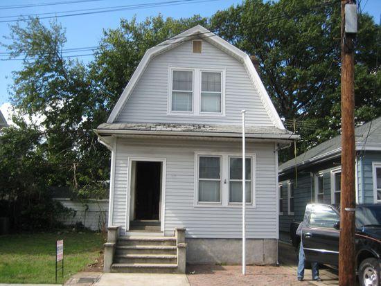 55 Beech St, Belleville, NJ 07109