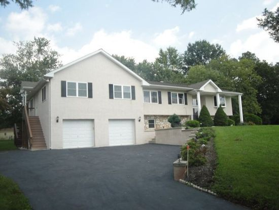 3815 Sumter Dr, Collegeville, PA 19426