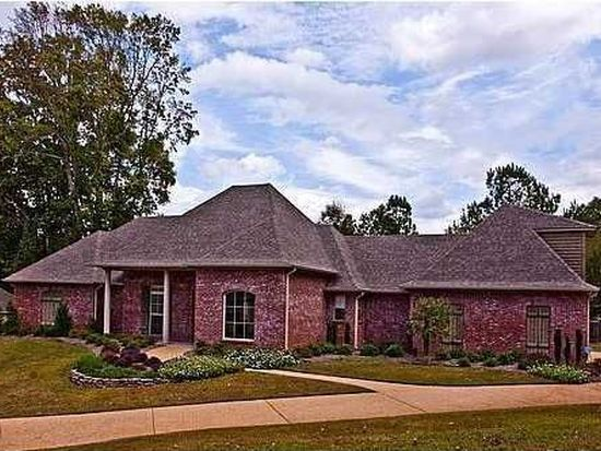 125 Bentwood Dr, Clinton, MS 39056