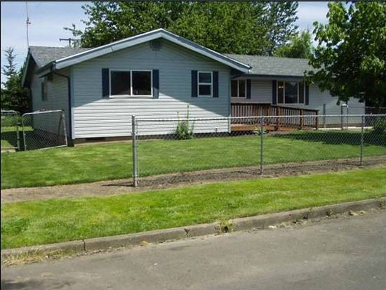 1055 Evergreen Dr, Independence, OR 97351
