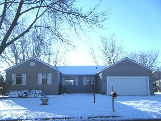 1306 Canyon Run Rd, Naperville, IL 60565