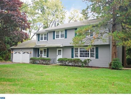 1111 Gloria Ln, Yardley, PA 19067