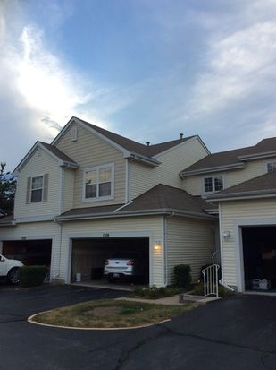 1526 Meadowsedge Ln, Carpentersville, IL 60110