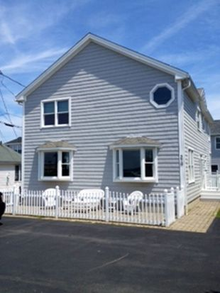 376 Ocean Blvd, Seabrook, NH 03874