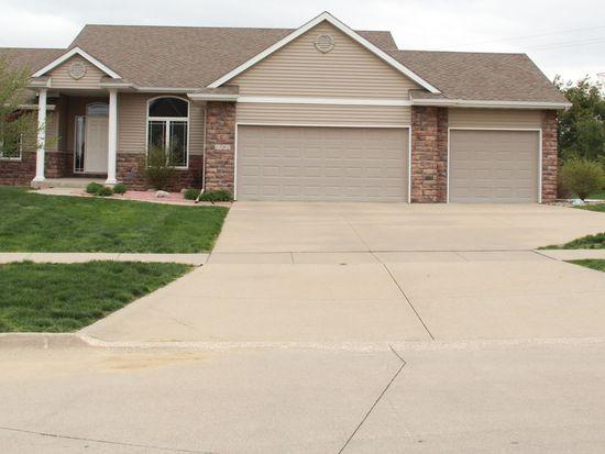 1702 Quail Cove Ct, West Des Moines, IA 50265