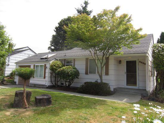 2666 51st Ave SW, Seattle, WA 98116