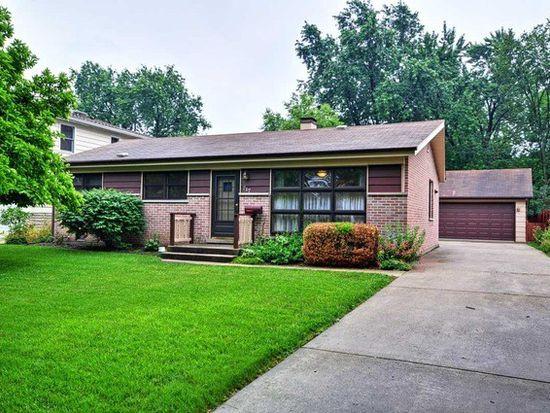 717 W Merle Ave, Villa Park, IL 60181