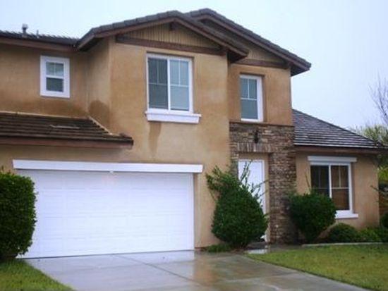 35032 Dogwood Ct, Winchester, CA 92596