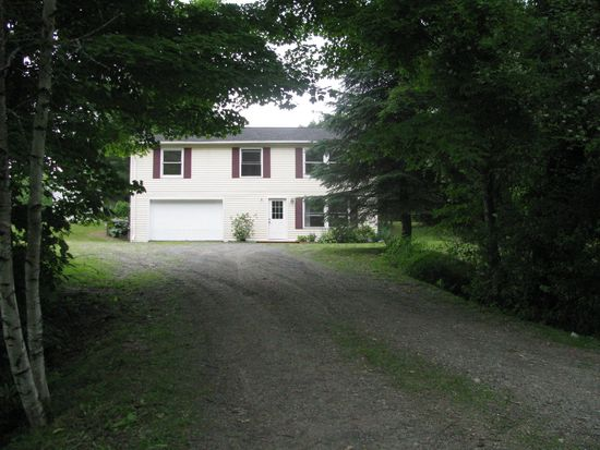222 Old Chesterfield Rd, Hinsdale, NH 03451